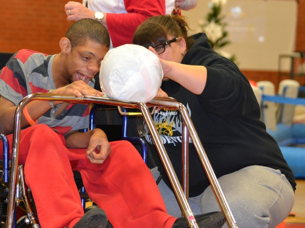 special-olympics-nevada-bowling-ramp
