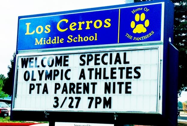 Los-Cerros-Middle-School-sign